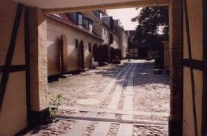 De gamle lagerbygninger ombygget til boliger